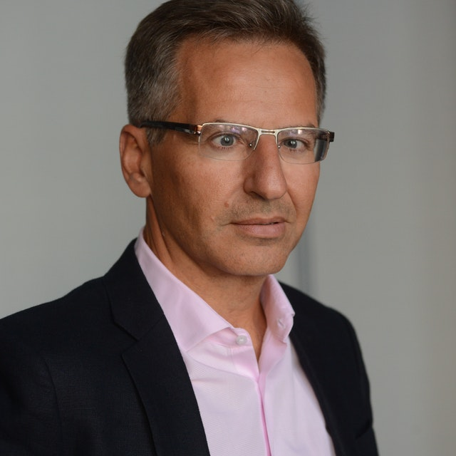 Martín Uribe